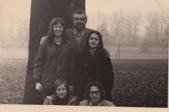 1973 fotodílny_0001_NEW_0002